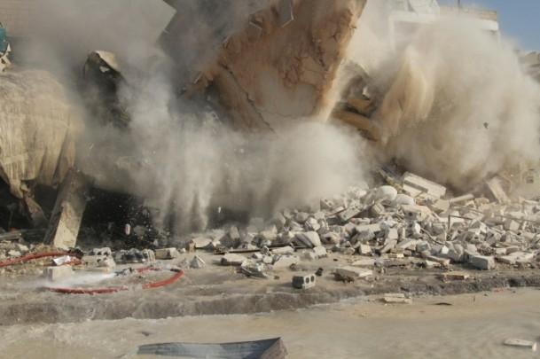 Halep'te varil bombalı saldırı 12