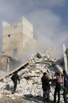 Halep'te varil bombalı saldırı 17