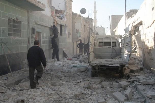Halep'te varil bombalı saldırı 21