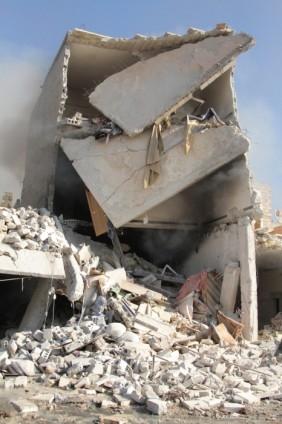 Halep'te varil bombalı saldırı 22