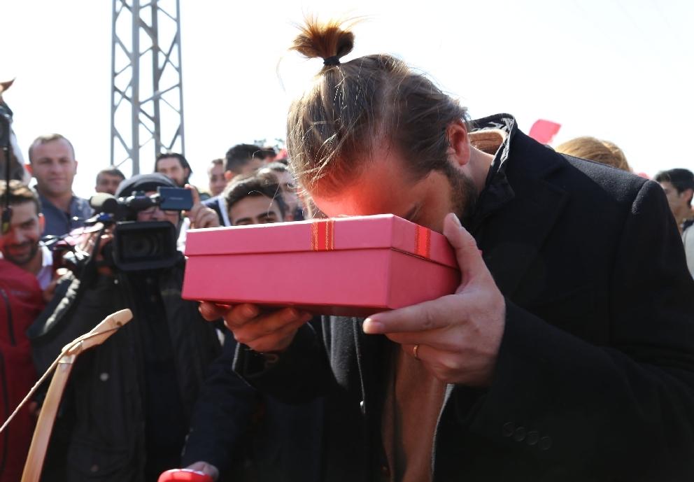 """""""Diriliş Ertuğrul"""" ekibine mehteranlı karşılama 11"""