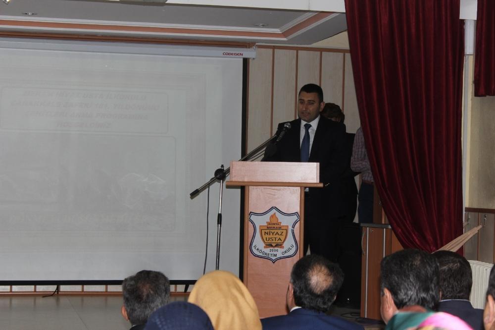 Niyaz Usta öğrencilerine interaktif Çanakkale sunumu 3