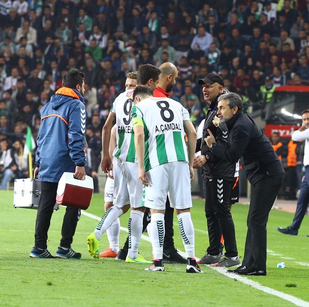 T. Konyaspor'un Fener alayı: 2-1 19
