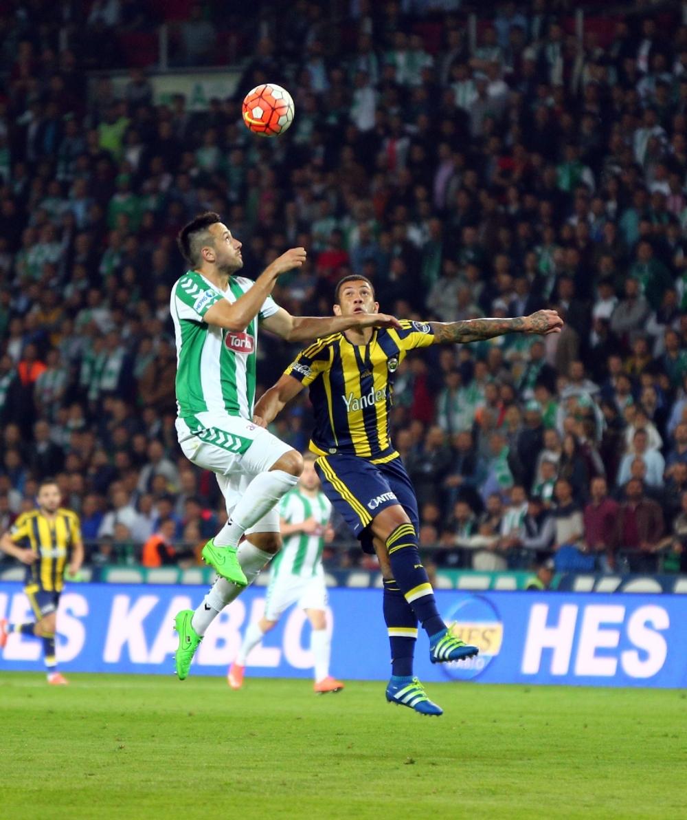 T. Konyaspor'un Fener alayı: 2-1 22