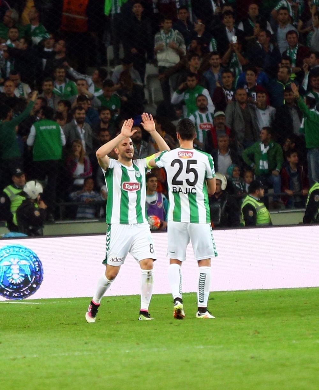T. Konyaspor'un Fener alayı: 2-1 29