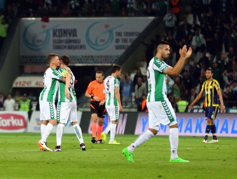 T. Konyaspor'un Fener alayı: 2-1 30