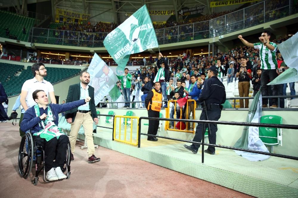 T. Konyaspor'un Fener alayı: 2-1 4