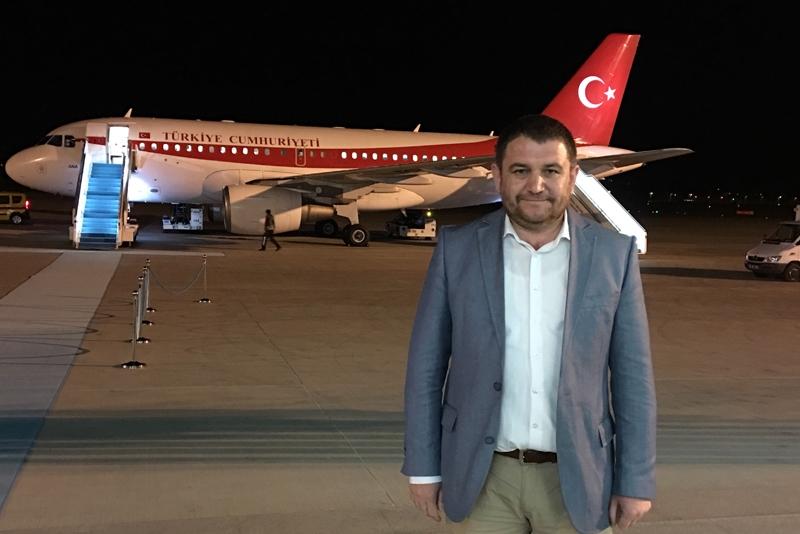 Ahmet Davutoğlu gazetecilerle birlikte Katar'a gitti 19