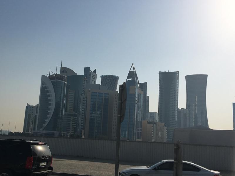 Ahmet Davutoğlu gazetecilerle birlikte Katar'a gitti 23