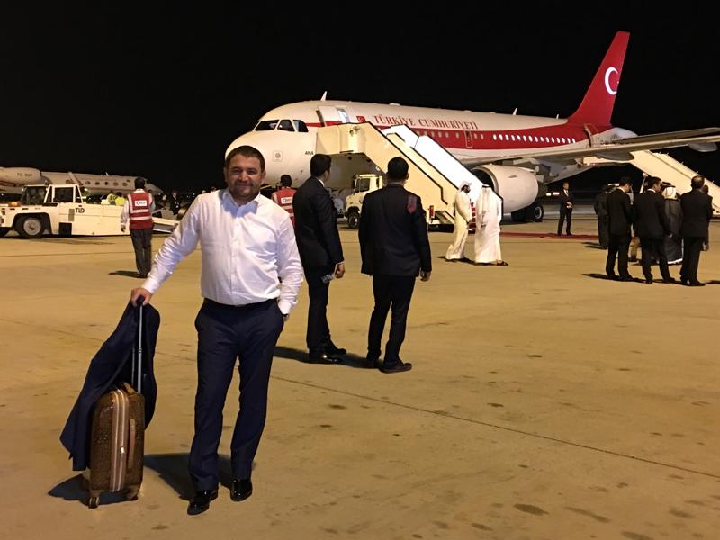 Ahmet Davutoğlu gazetecilerle birlikte Katar'a gitti 25