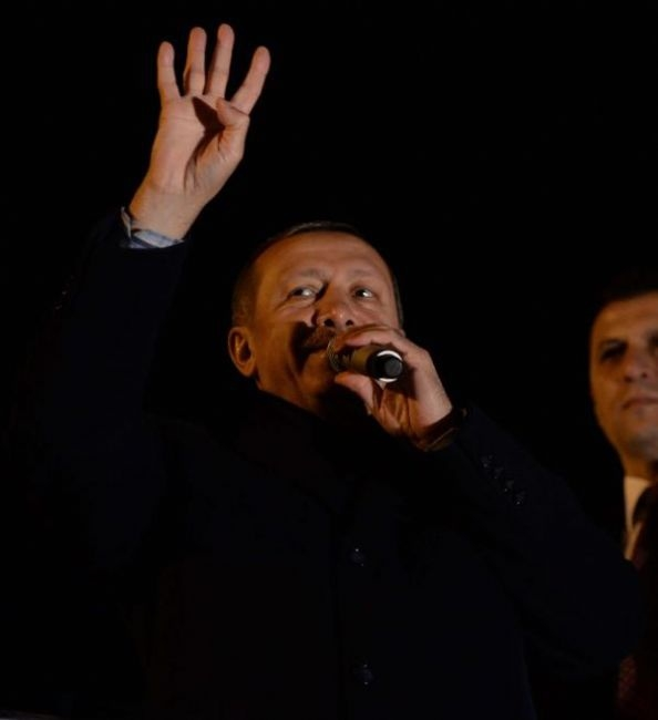 Başbakan Erdoğan'a Trabzon'da kefenli karşılama 4