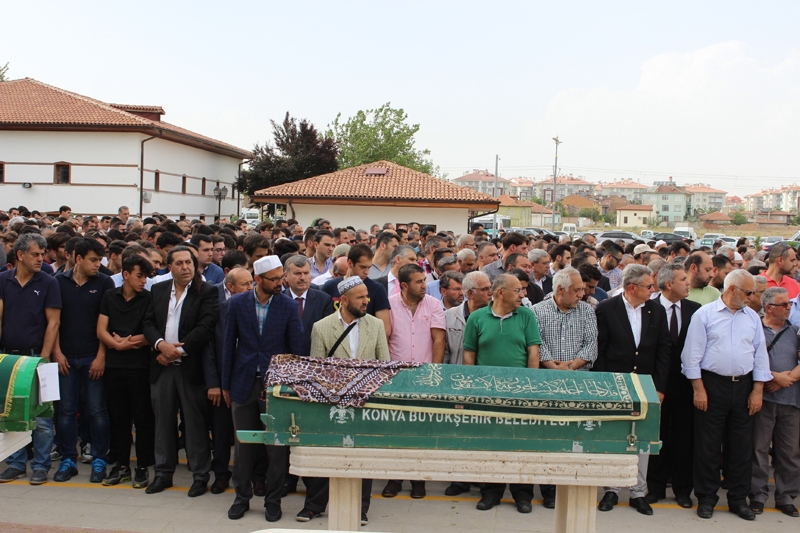 Ayşegül Karapınar defnedildi 19