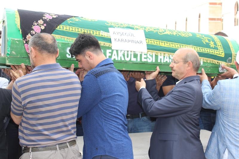 Ayşegül Karapınar defnedildi 24