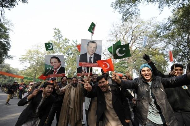 Başbakan Erdoğan Pakistan'da 10