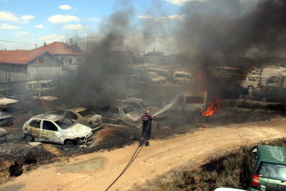 Konya'da 70 araç kül oldu 3