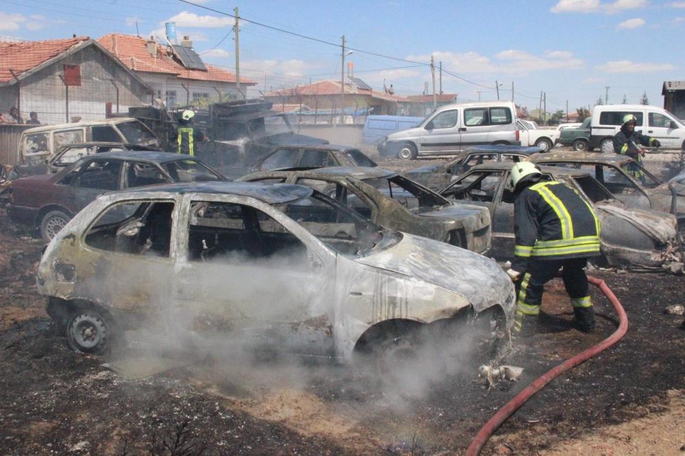 Konya'da 70 araç kül oldu 5