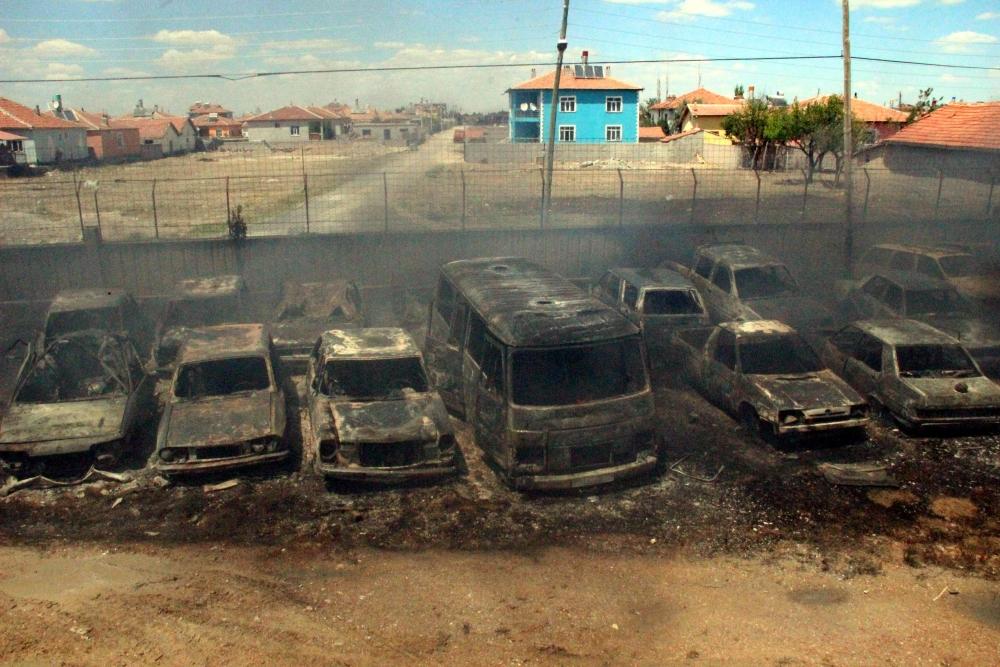 Konya'da 70 araç kül oldu 7