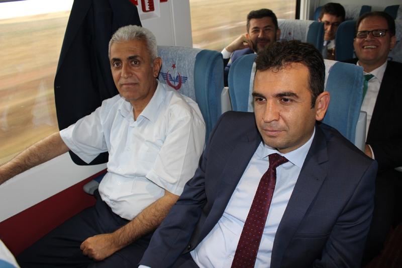Konyalılar Ankara'ya hızlı trenle gitti 24