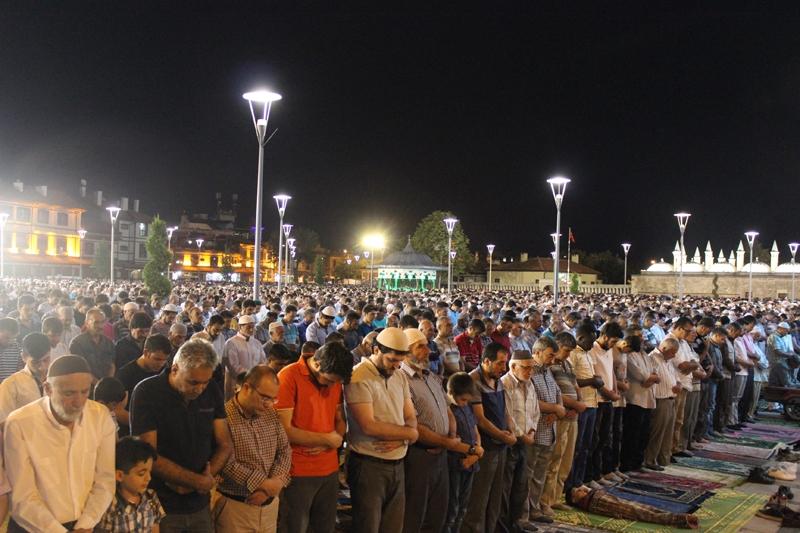 Kadir Gecesi Konya'da bir başka güzel 11