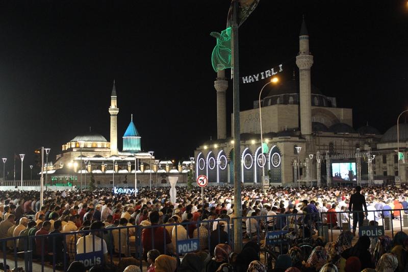 Kadir Gecesi Konya'da bir başka güzel 21