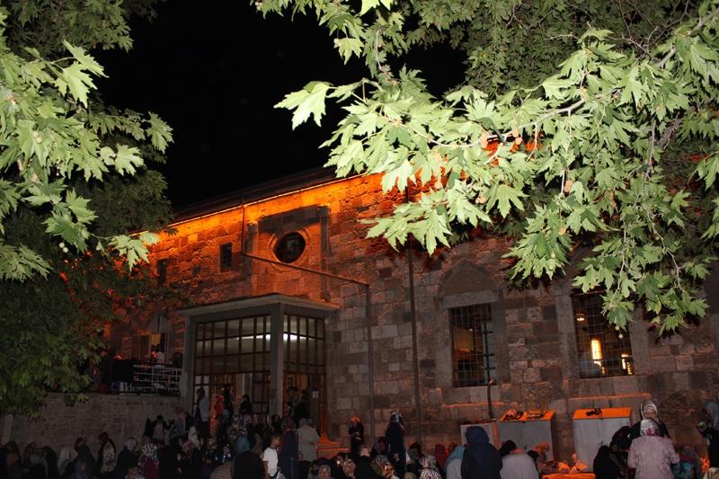 Kadir Gecesi Konya'da bir başka güzel 28