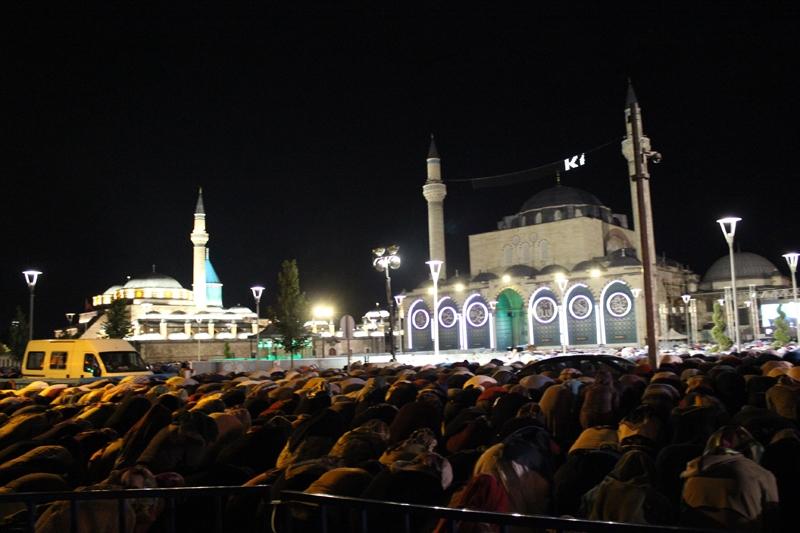 Kadir Gecesi Konya'da bir başka güzel 3