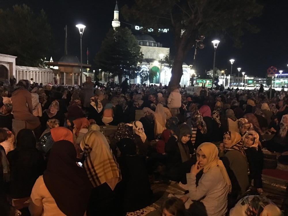 Kadir Gecesi Konya'da bir başka güzel 31