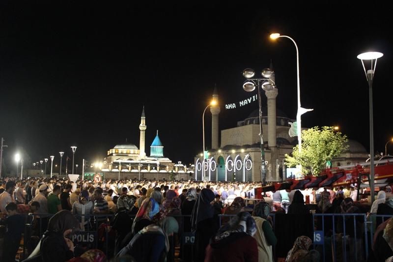 Kadir Gecesi Konya'da bir başka güzel 6