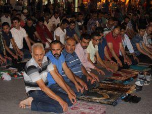 Kadir Gecesi Konya'da bir başka güzel