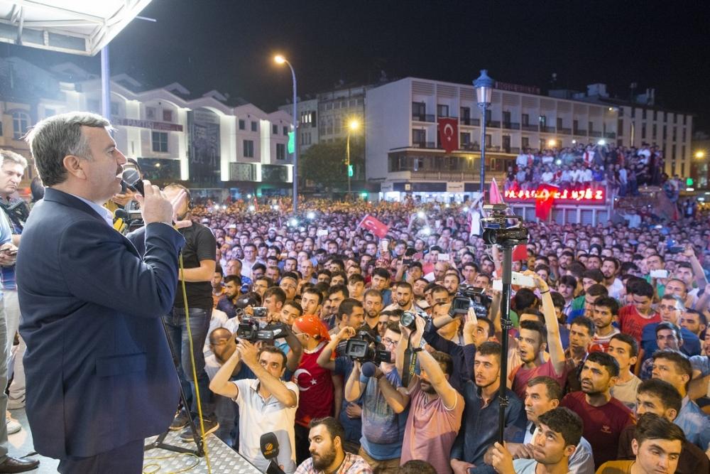 Konya'da halk tepki için sokağa döküldü 18
