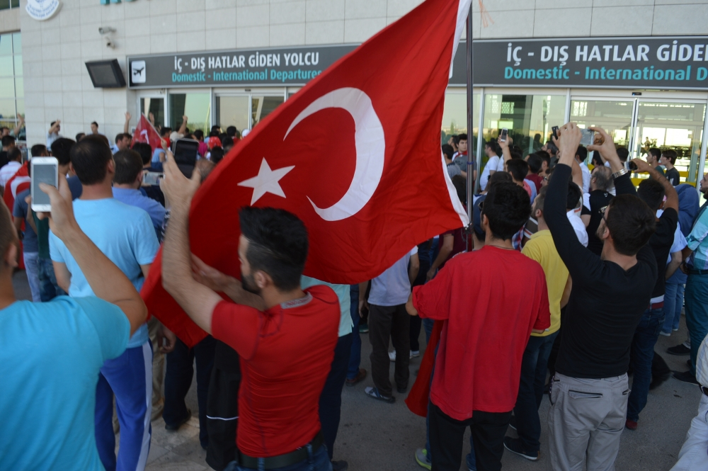 Konya'daki operasyona vatandaşlardan destek 11