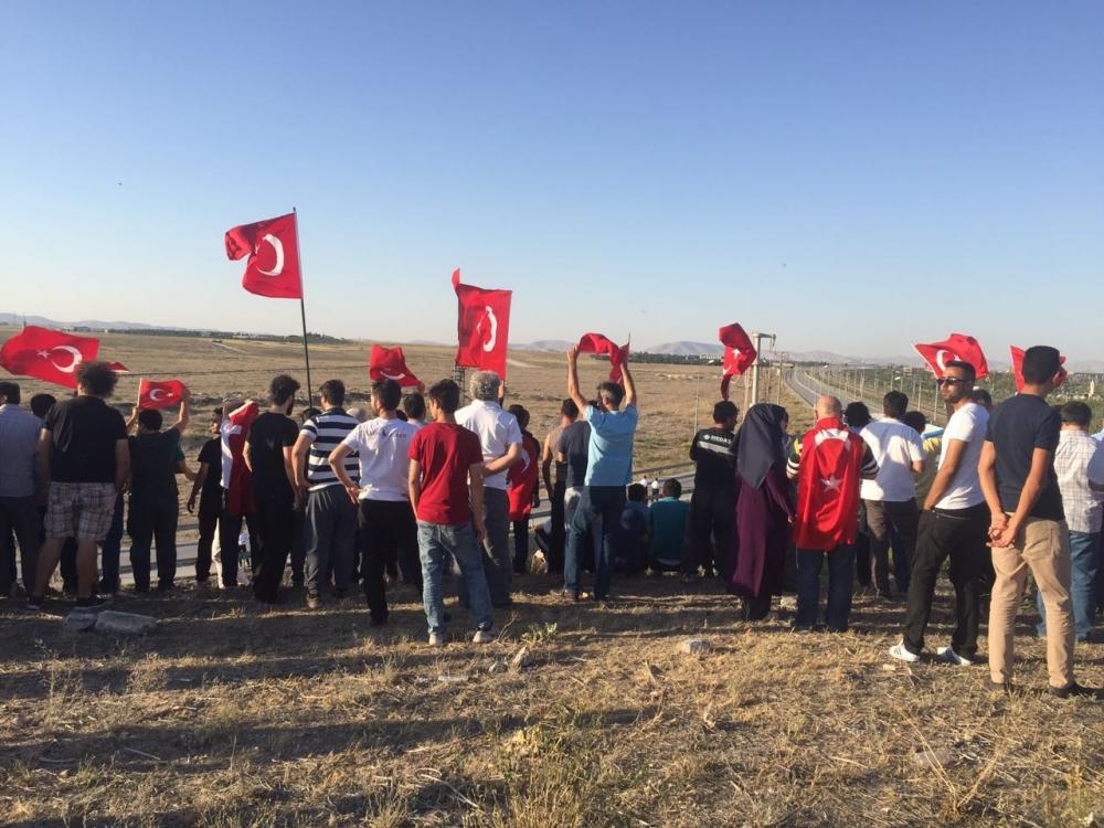 Konya'daki operasyona vatandaşlardan destek 5
