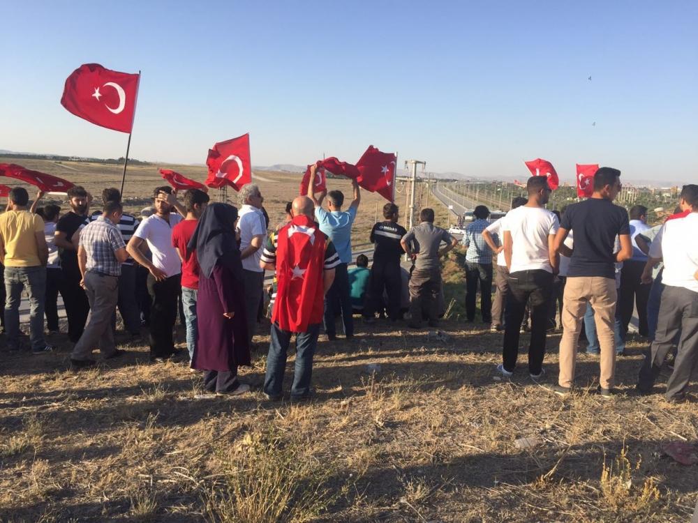 Konya'daki operasyona vatandaşlardan destek 6