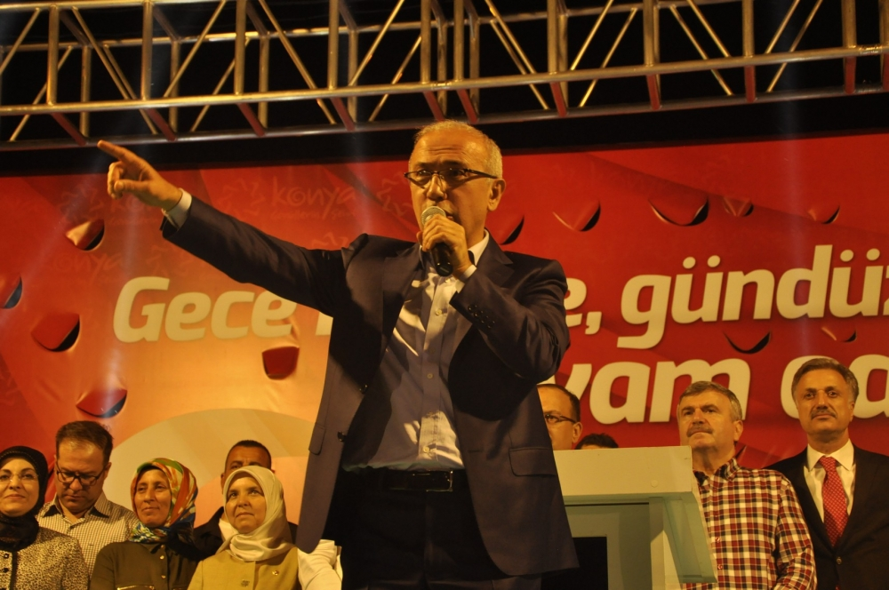 Lütfi Elvan, Konya'da vatandaşlara hitap etti 2