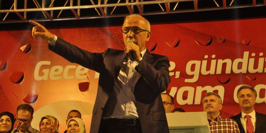 Lütfi Elvan, Konya'da vatandaşlara hitap etti