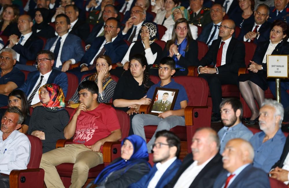 Beştepe'de şehitleri anma programında duygusal anlar 22