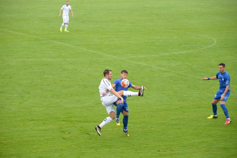 Üç dakikada iki gol 3