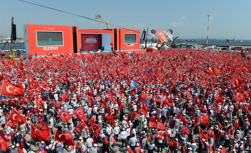 Yenikapı'daki tarihi mitingden kareler... 18