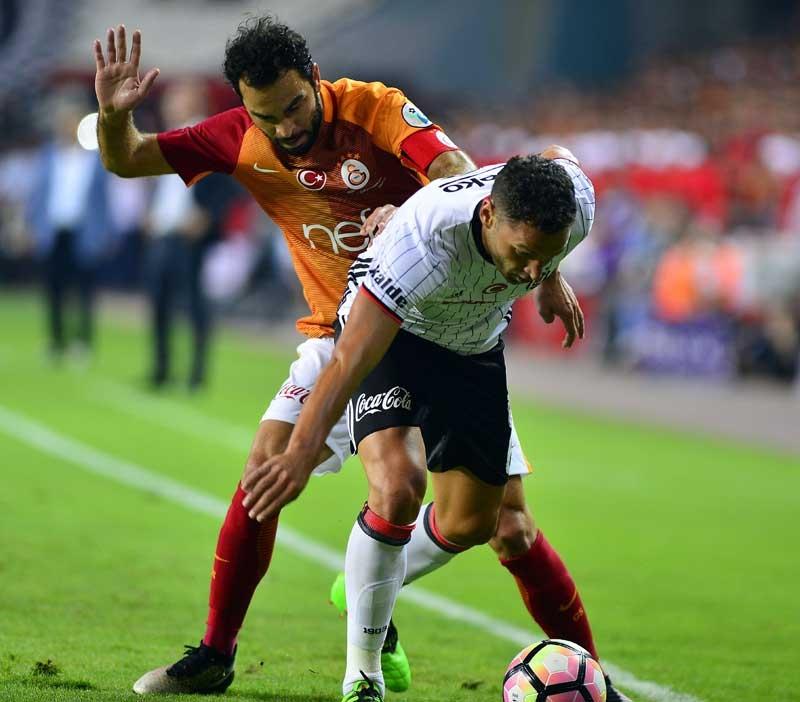 Galatasaray Konya'da Beşiktaş'ı devirdi, kupayı kazandı 5