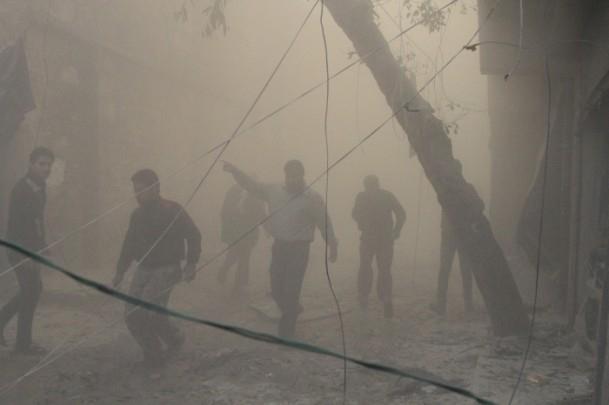 """Halep'e """"varil bombalı"""" saldırılar 12"""