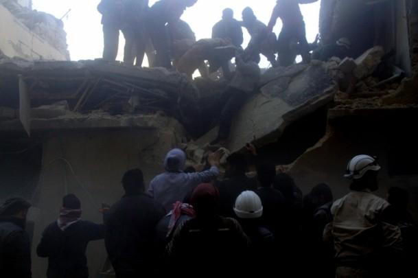 """Halep'e """"varil bombalı"""" saldırılar 2"""