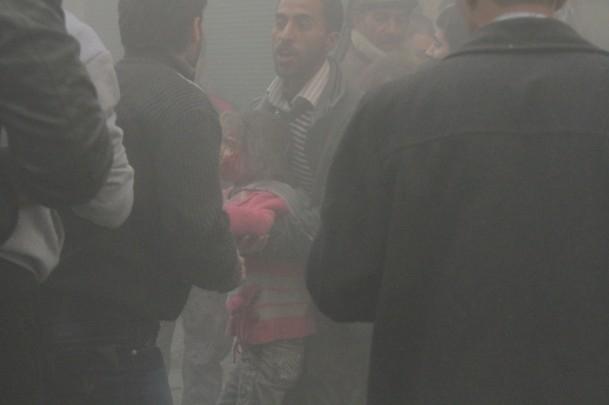 """Halep'e """"varil bombalı"""" saldırılar 3"""
