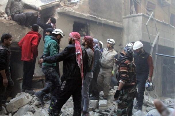 """Halep'e """"varil bombalı"""" saldırılar 4"""