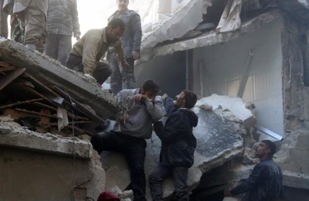 """Halep'e """"varil bombalı"""" saldırılar 7"""