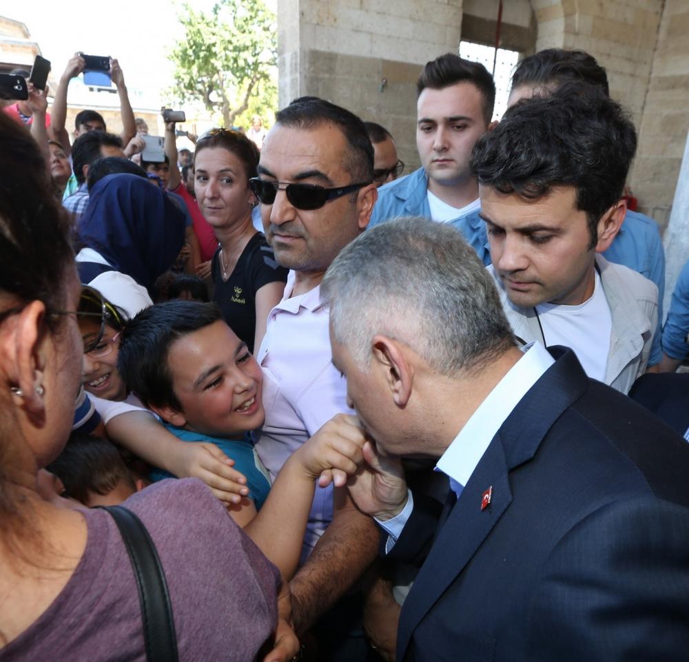Başbakan Binali Yıldırım,Mevlana Müzesi'ni ziyaret etti 11