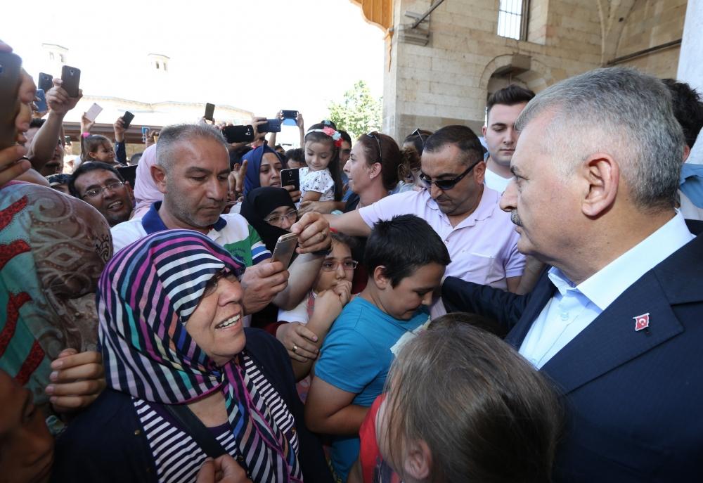Başbakan Binali Yıldırım,Mevlana Müzesi'ni ziyaret etti 13