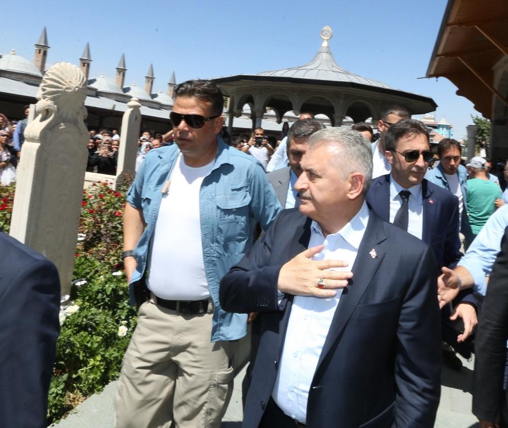Başbakan Binali Yıldırım,Mevlana Müzesi'ni ziyaret etti 14