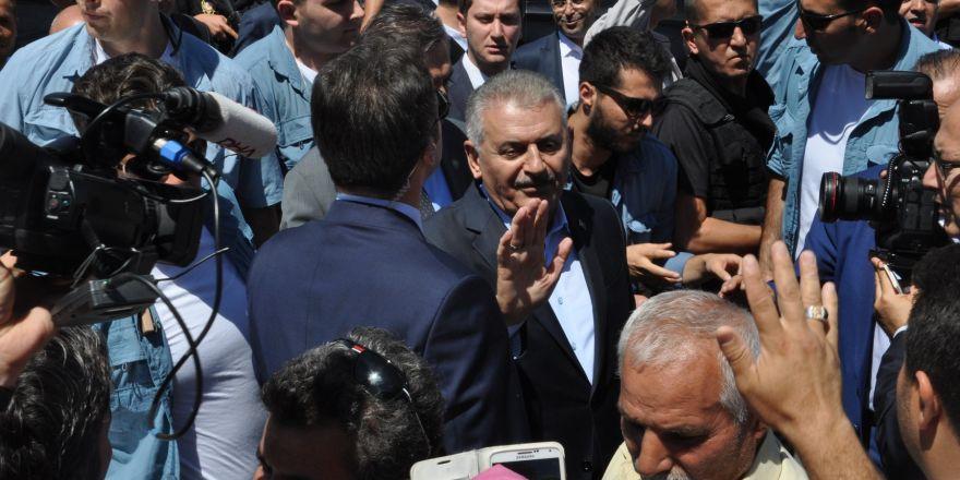 Başbakan Binali Yıldırım,Mevlana Müzesi'ni ziyaret etti