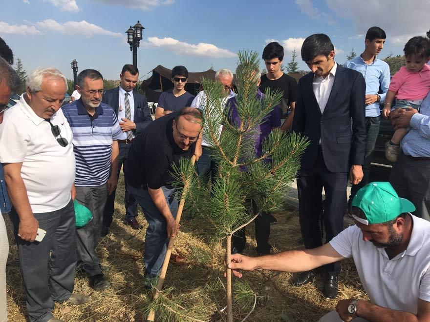 MÜSİAD Konya milli irade şehitlerinin adını yaşatıyor 25