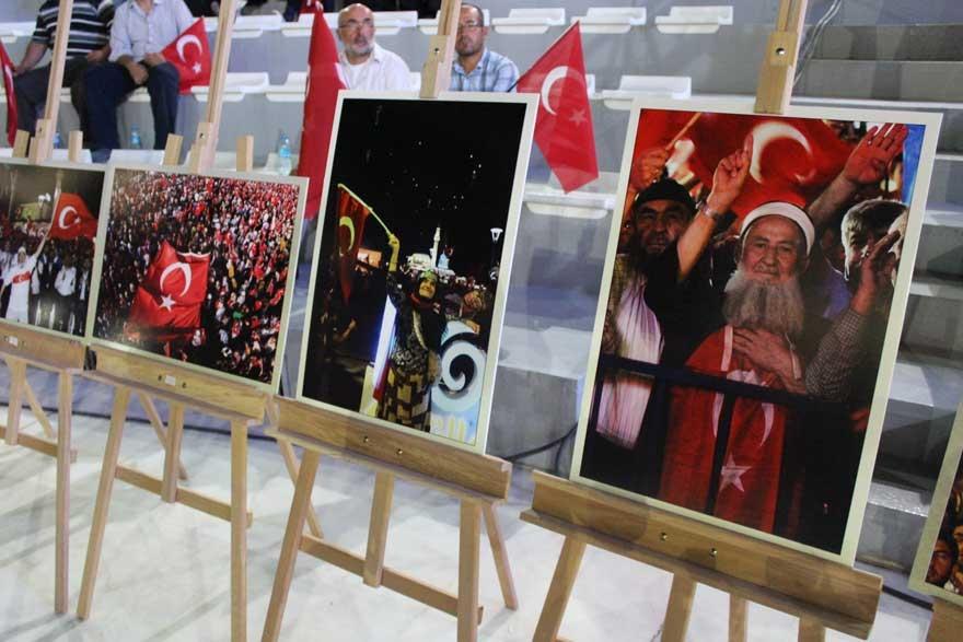 Konya'da 'Milli İrade Dayanışma Gecesi' düzenlendi 13